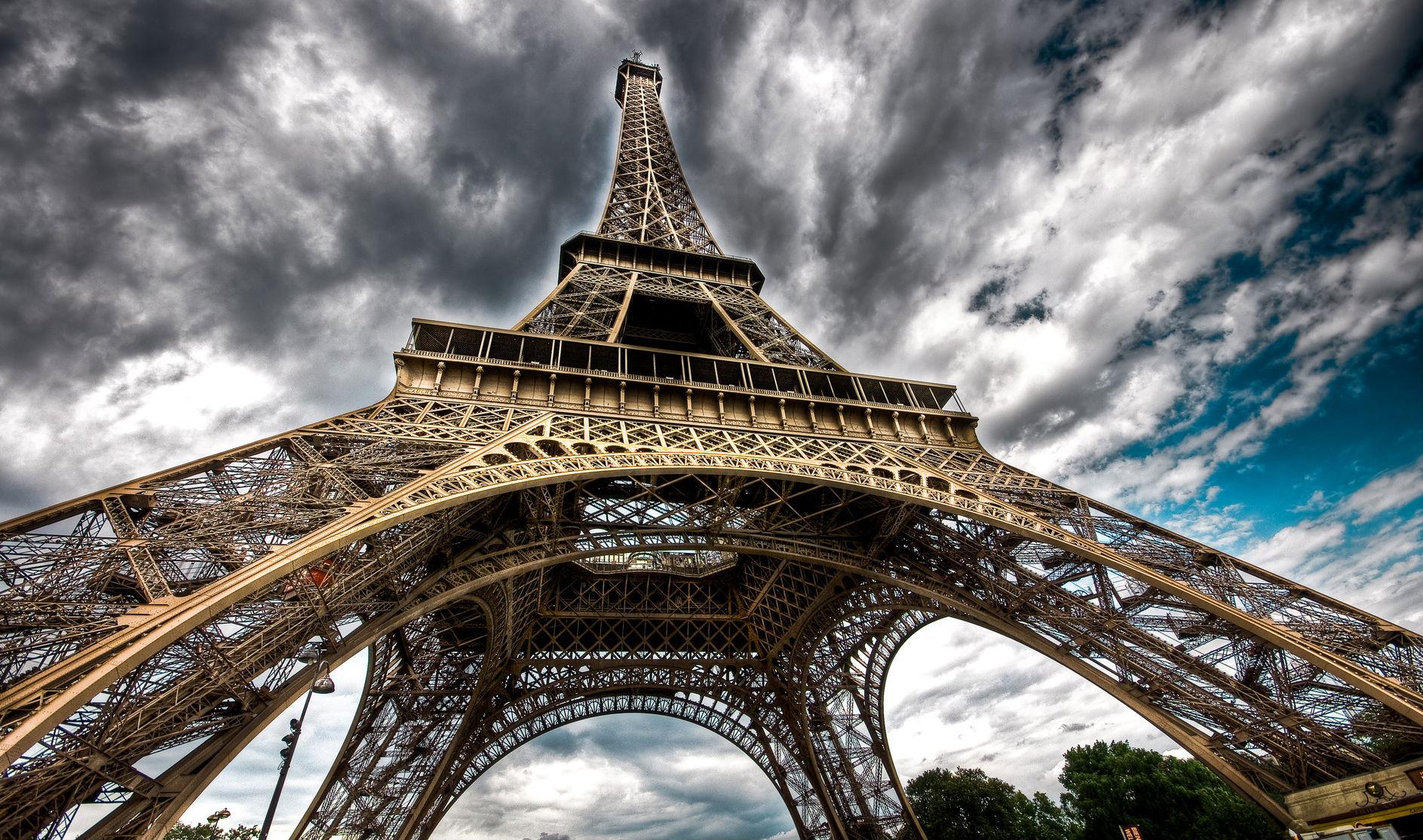 Hd wallpaper editor - Man Made Eiffel Tower Wallpaper