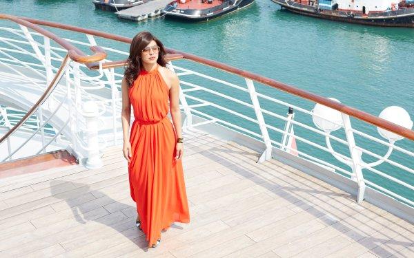 Movie Dil Dhadakne Do Priyanka Chopra Orange Dress Indian Actress Singer Brunette HD Wallpaper | Background Image