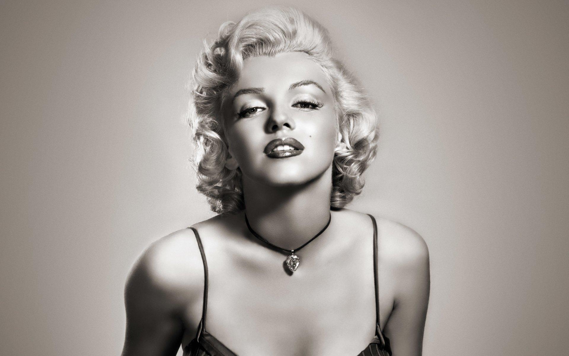 Celebrity - Marilyn Monroe  Cute Actress People Wallpaper