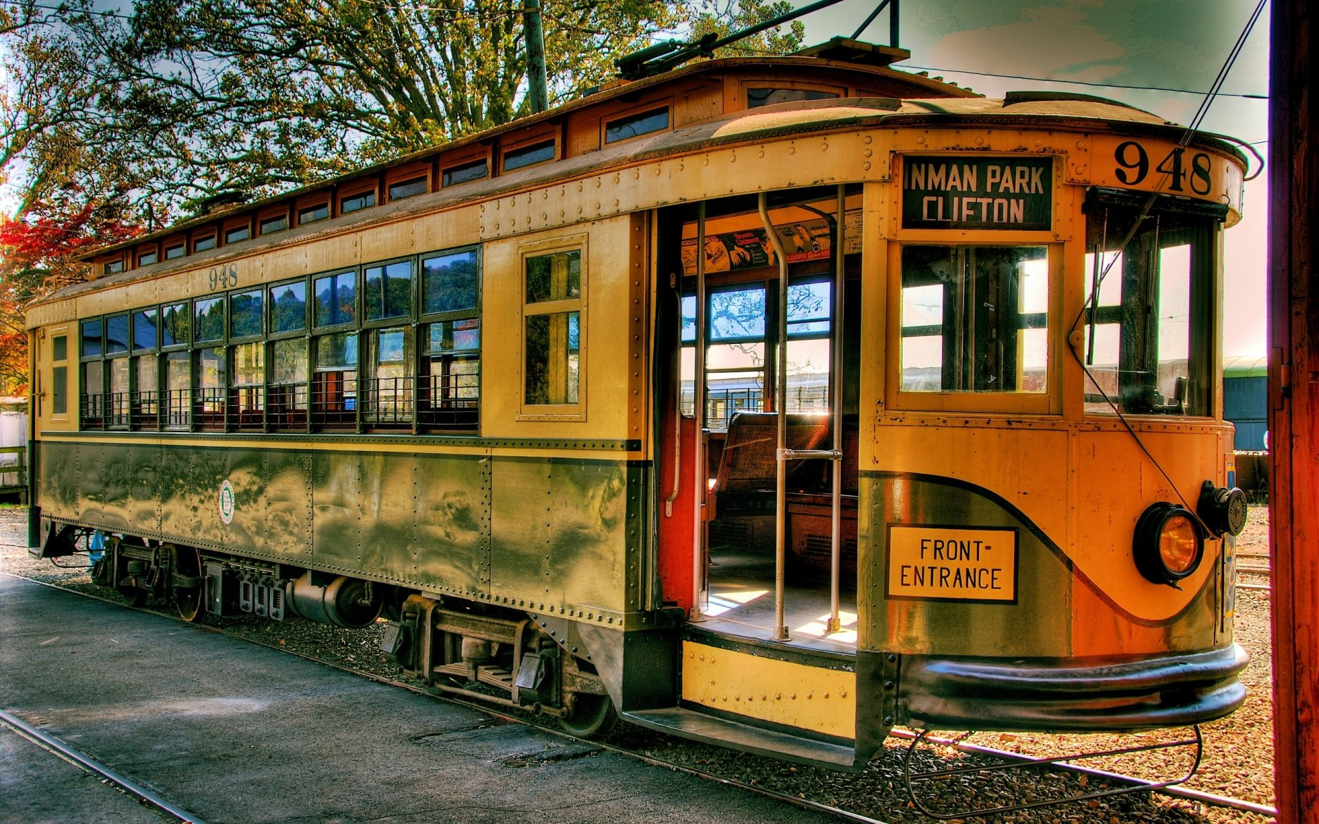 Photography - HDR  Tram Wallpaper