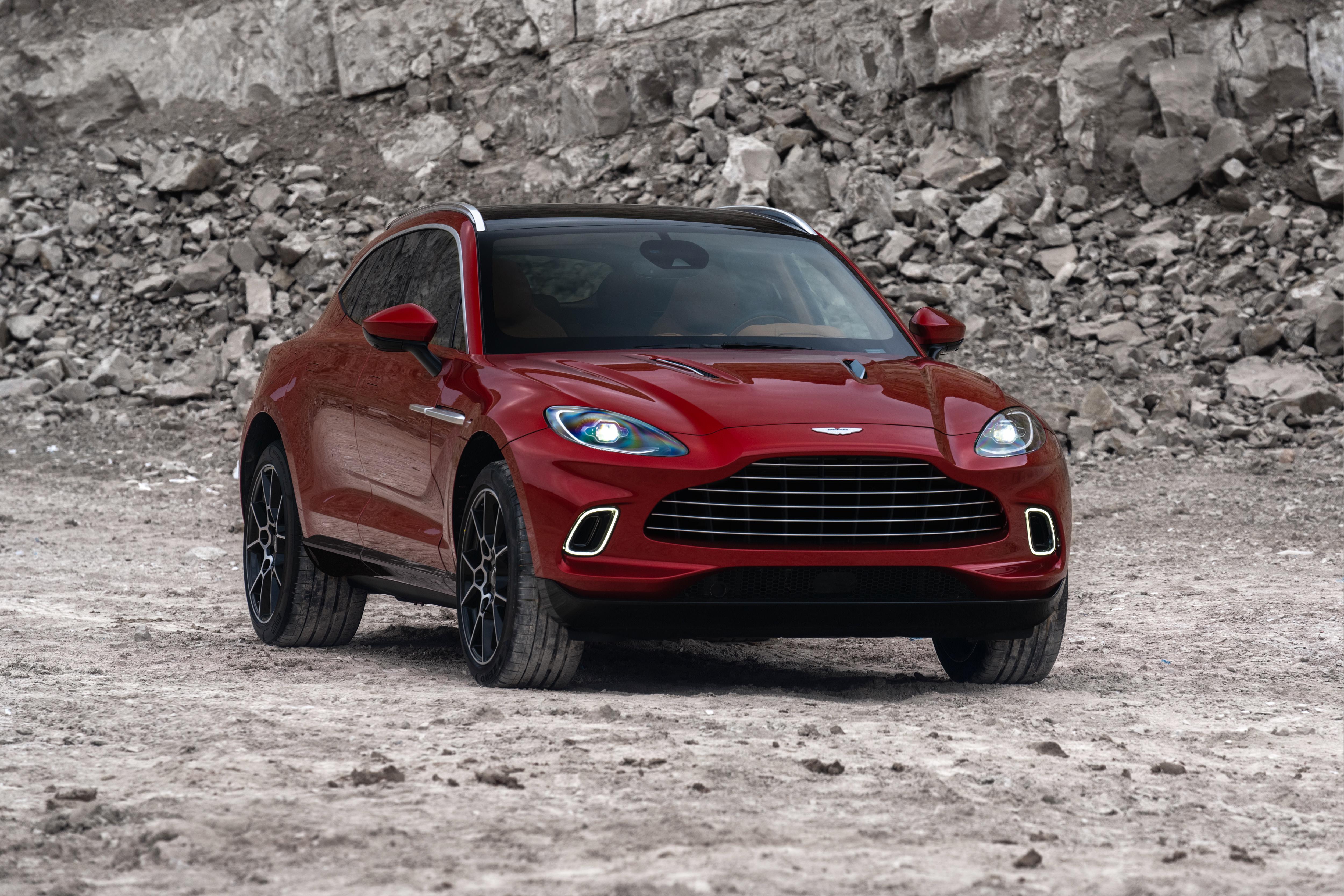 2020 Aston Martin Dbx 4k Ultra Papel De Parede Hd Plano De Fundo 5000x3333 Id 1052711 Wallpaper Abyss