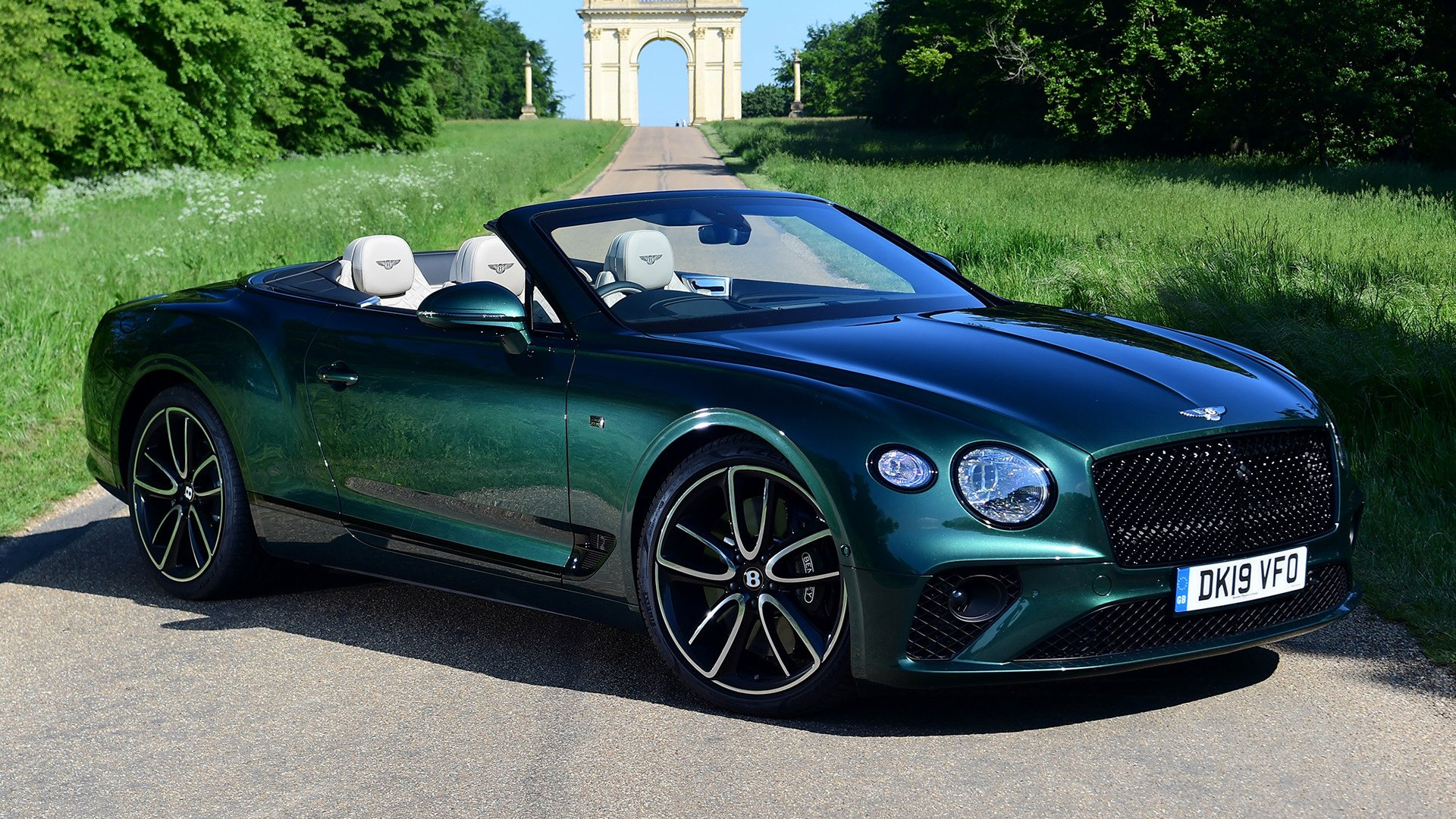 2019 Bentley Continental Gt Convertible Hd Wallpaper Background Image 1920x1080 Id 1069525 Wallpaper Abyss