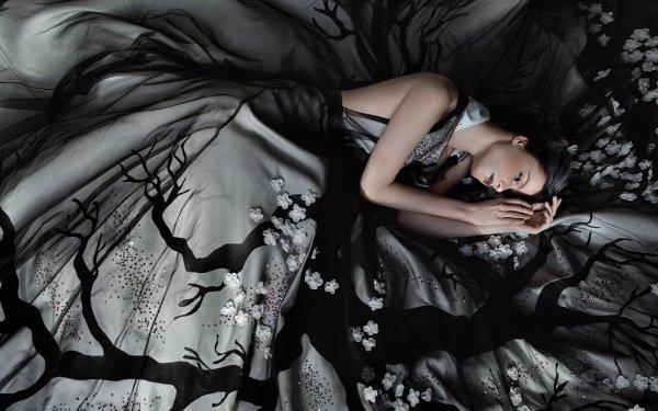 Women Mood Girl Style Dress Model HD Wallpaper | Background Image
