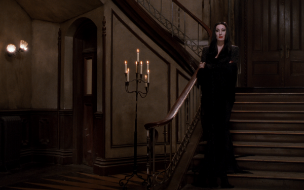 Movie The Addams Family (1991) Morticia Addams Anjelica Huston HD Wallpaper | Background Image