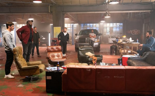 Movie Wrath of Man Raúl Castillo DeObia Oparei Jeffrey Donovan Scott Eastwood Laz Alonso HD Wallpaper | Background Image