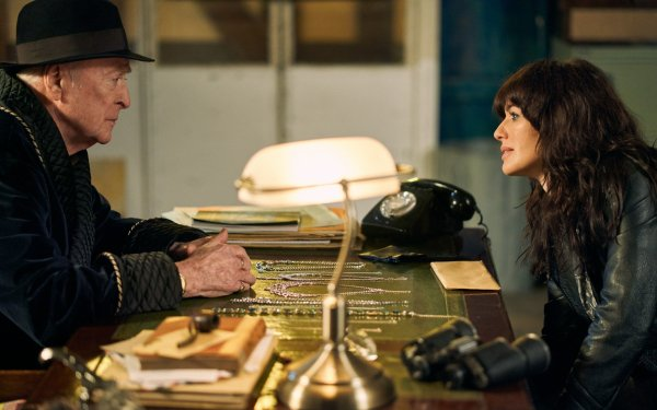 Movie Twist Lena Headey Michael Caine HD Wallpaper | Background Image
