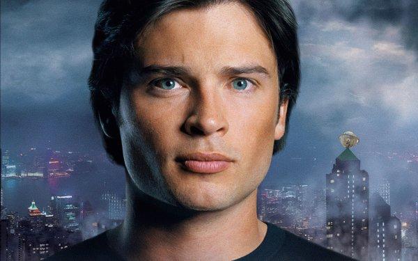 TV Show Smallville Superman Tom Welling Daily Planet Clark Kent Metropolis HD Wallpaper | Background Image