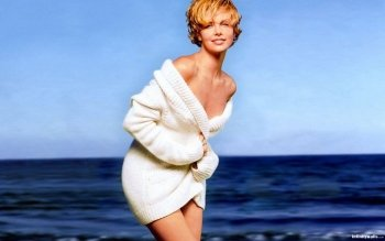 Celebrity - Charlize Theron Wallpapers and Backgrounds ID : 117768