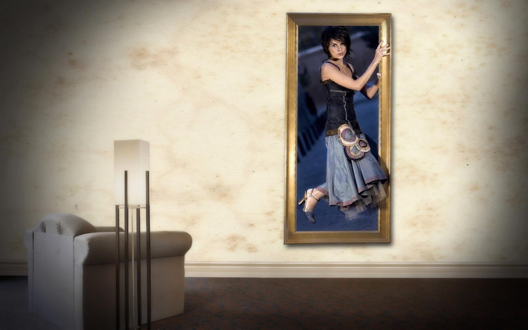Women - Artistic  Wallpaper