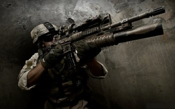 Weapons - Assault Rifle Wallpapers and Backgrounds ID : 141898