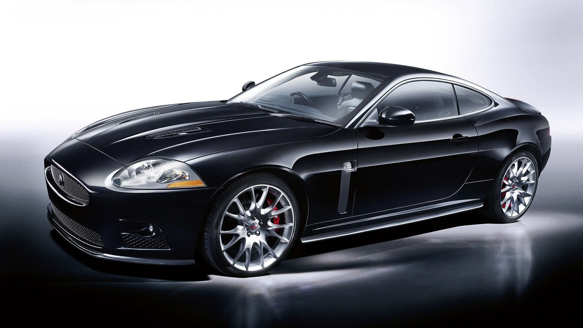 3 Jaguar Xkr Hd Wallpapers Background Images Wallpaper Abyss