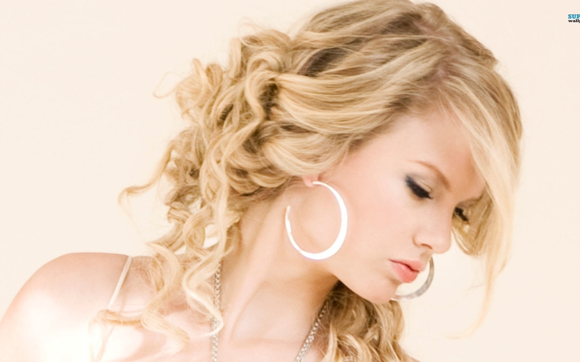 Music - Taylor Swift  - Beautiful Wallpaper