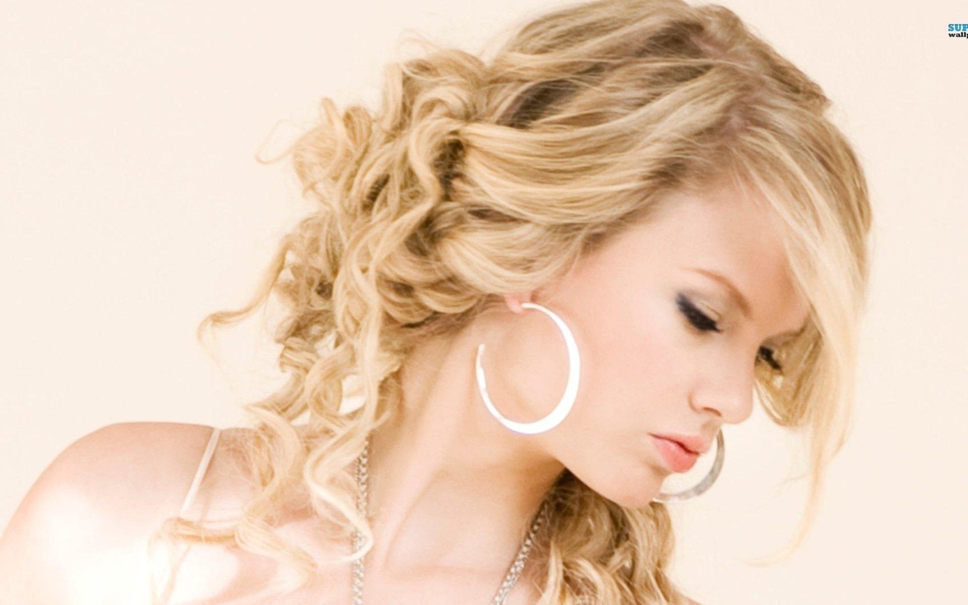 Music - Taylor Swift  Wallpaper