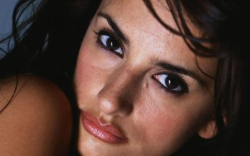 Celebrity - Penelope Cruz Wallpapers and Backgrounds ID : 153574