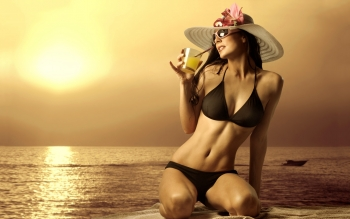 Women - Bikini Wallpapers and Backgrounds ID : 154308