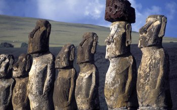 Man Made - Moai Wallpapers and Backgrounds ID : 15436