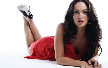 Celebrity - Megan Fox Wallpapers and Backgrounds ID : 156824