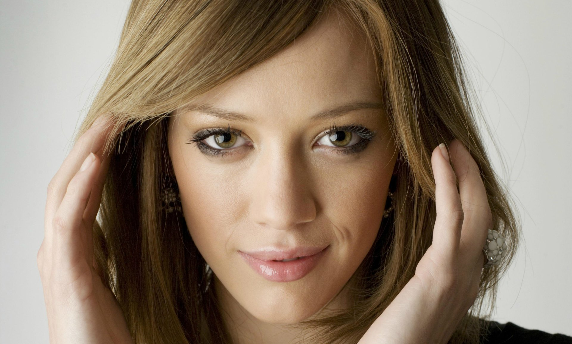Celebrity - Hilary Duff  Wallpaper