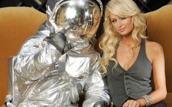 Celebrity - Paris Hilton Wallpapers and Backgrounds ID : 158638