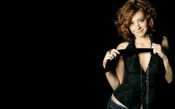 Celebrity - Alyson Hannigan Wallpapers and Backgrounds ID : 162514