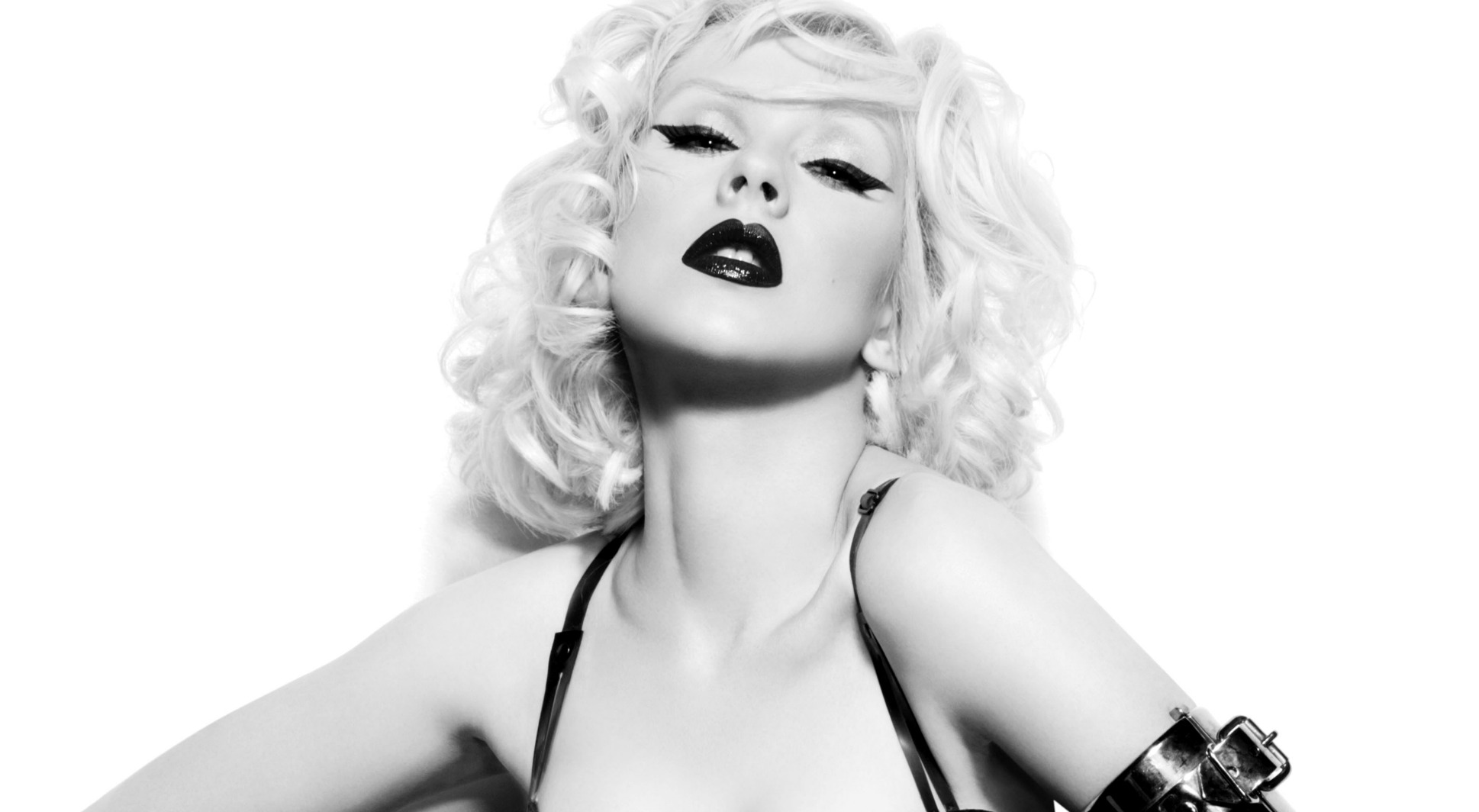 Christina Aguilera Wallpaper And Background Image 1938x1064