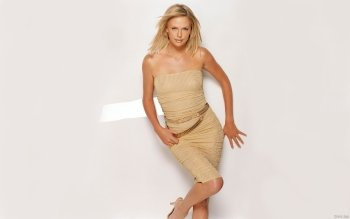 Celebrity - Charlize Theron Wallpapers and Backgrounds ID : 163116