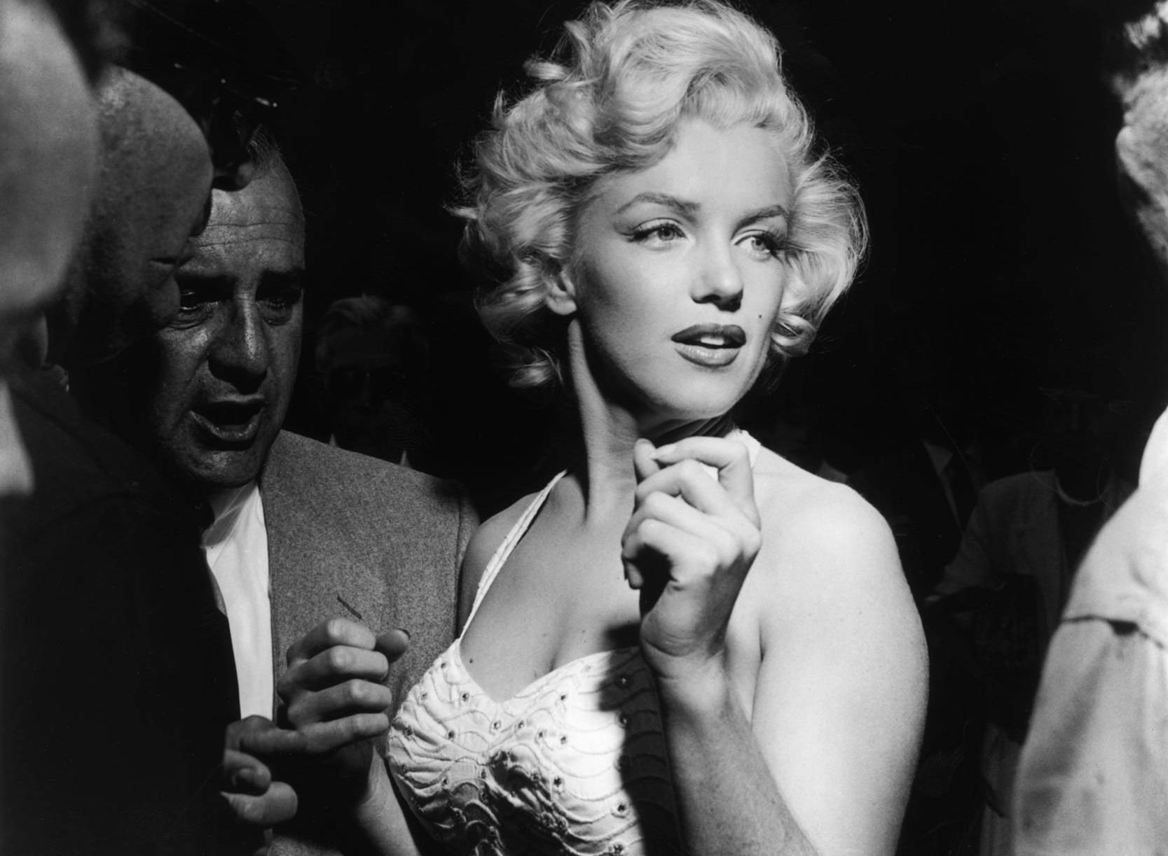 101 Marilyn Monroe Hd Wallpapers Background Images Wallpaper Abyss