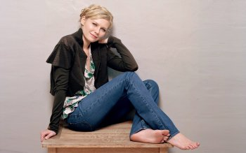Celebrity - Kirsten Dunst Wallpapers and Backgrounds ID : 167078