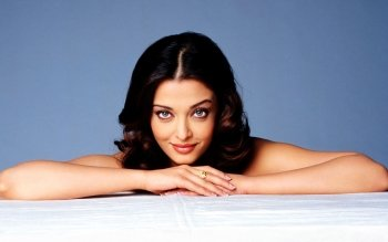 Celebrity - Aishwarya Rai Wallpapers and Backgrounds ID : 167506