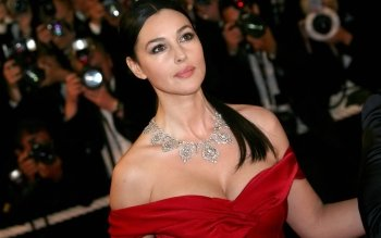 Celebrity - Monica Bellucci Wallpapers and Backgrounds ID : 168708