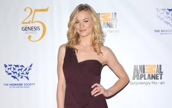 Celebrity - Yvonne Strahovski Wallpapers and Backgrounds ID : 169478
