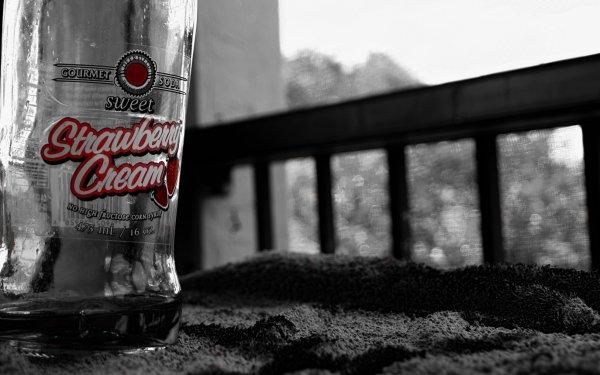 Man Made Bottle HD Wallpaper | Background Image