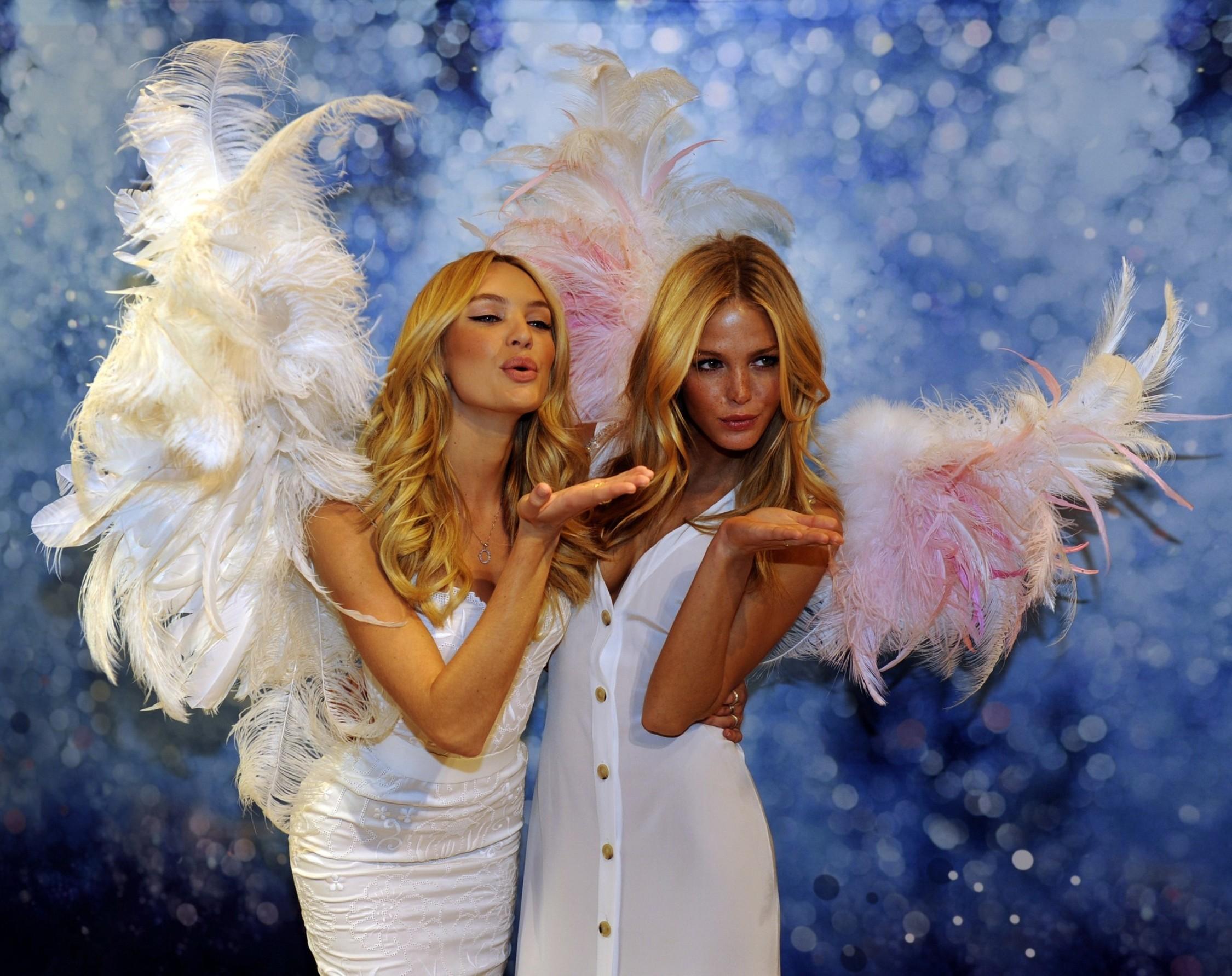 Victorias Secret Angel Wings Wallpaper Model Full HD Wallpape...