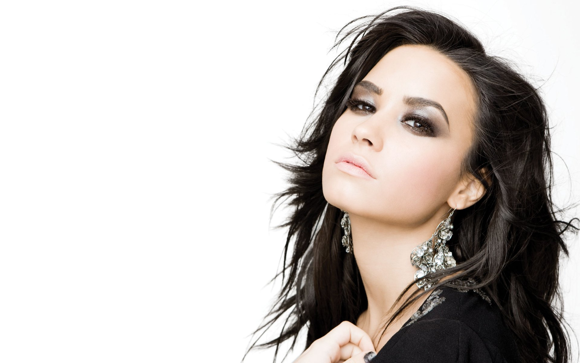 113 demi lovato hd wallpapers | background images - wallpaper abyss