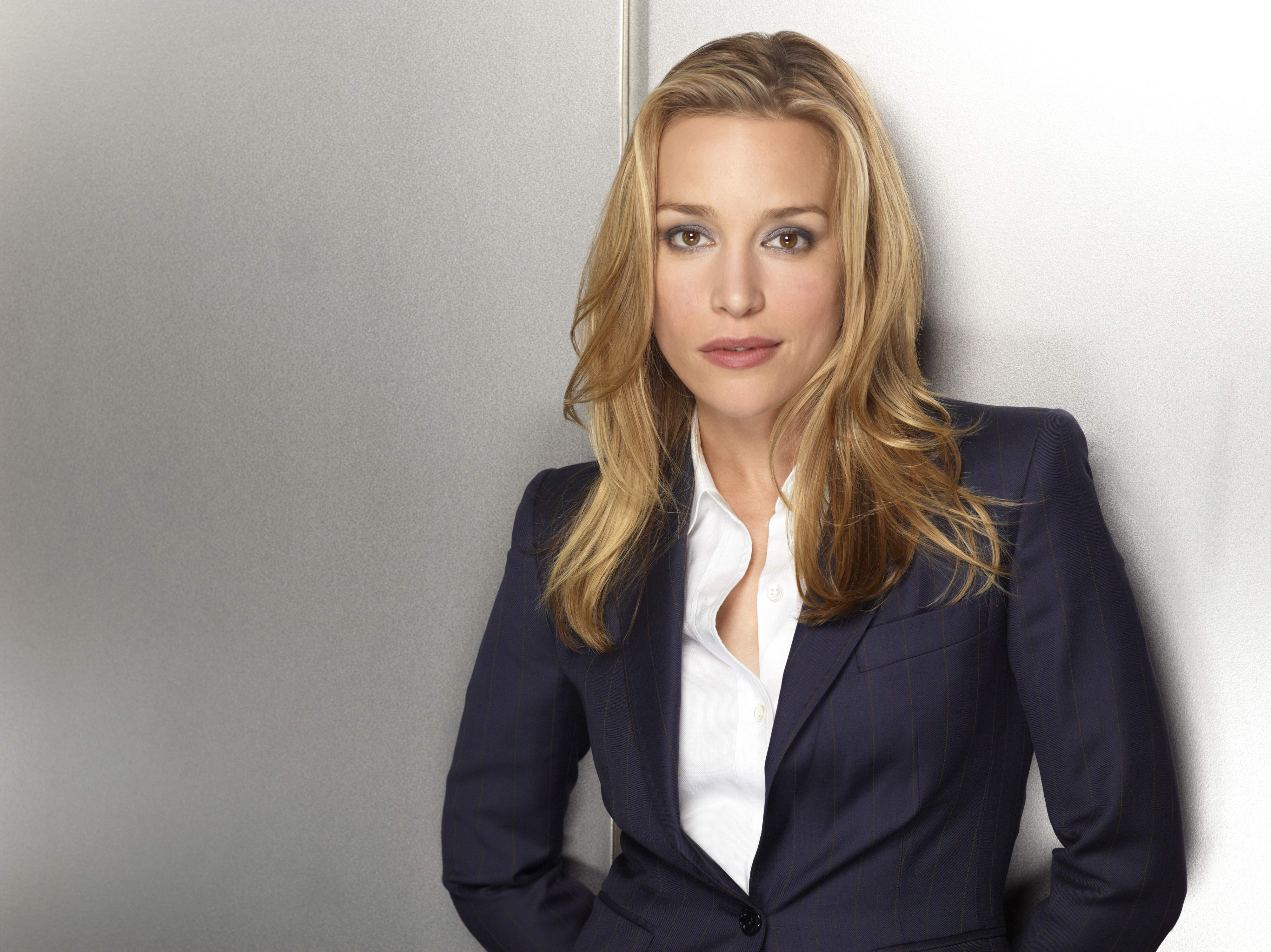 Piper Perabo 10 Piper Perabo HD Wallpapers Backgrounds Wallpaper Abyss