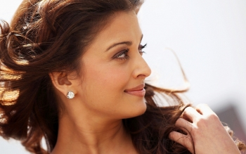 Celebrity - Aishwarya Rai Wallpapers and Backgrounds ID : 190628