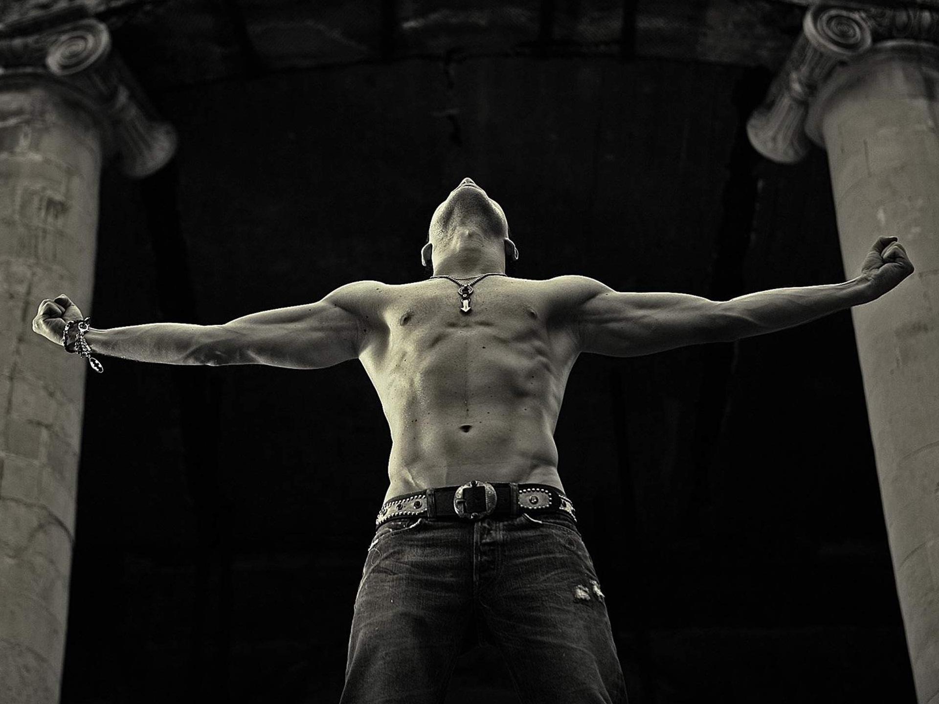 Mannen - Sergey Lazarev  Achtergrond