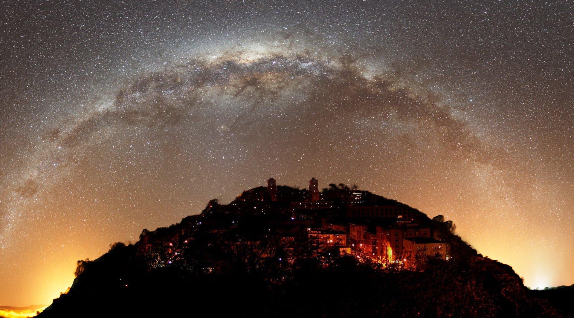 Fotografía - Lugar  Estrellas Galaxia Luz Cielo Fondo de Pantalla