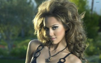Celebrity - Jessica Alba Wallpapers and Backgrounds ID : 197684
