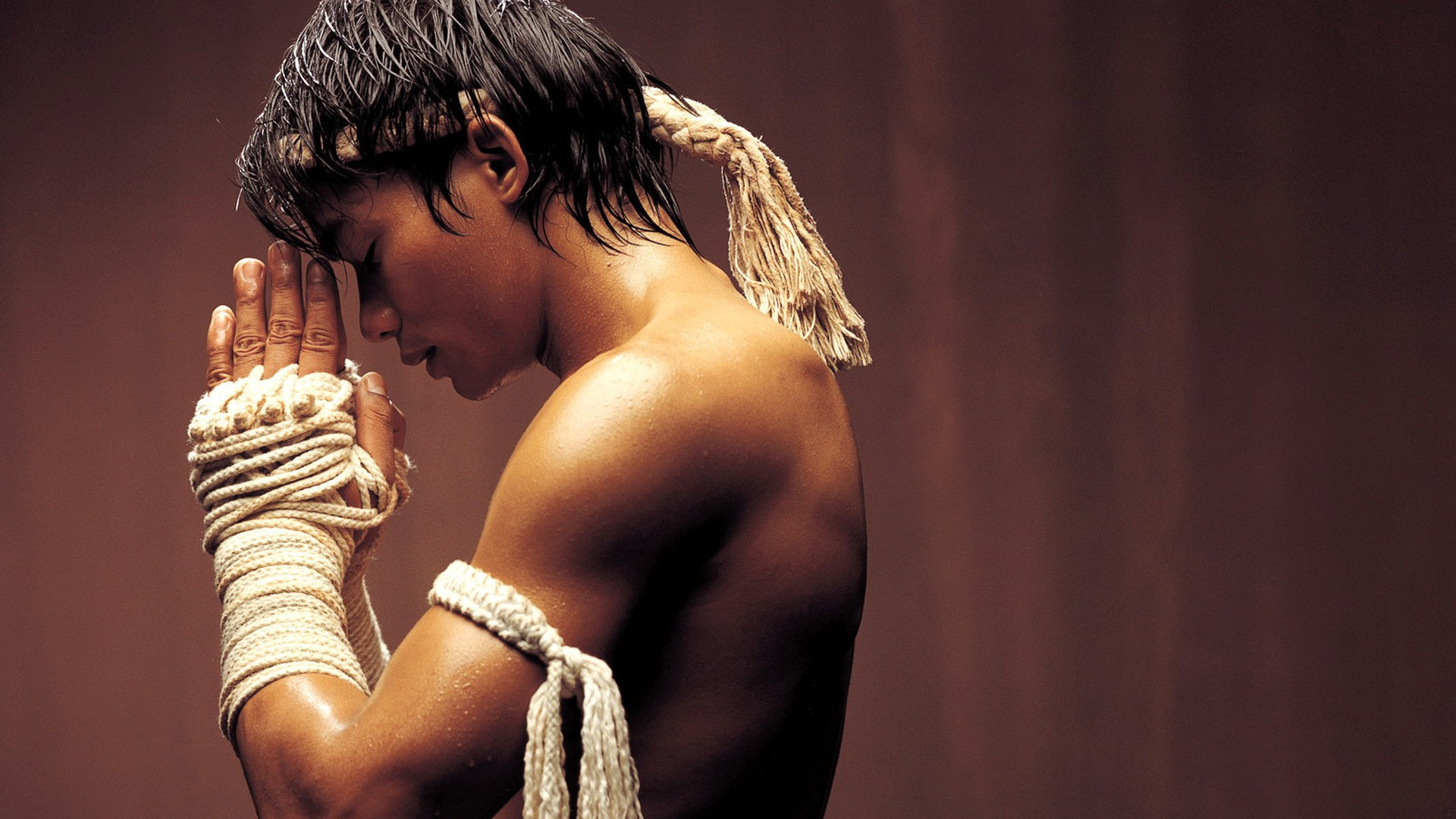 Sports - Martial Arts  Tony Jaa Wallpaper