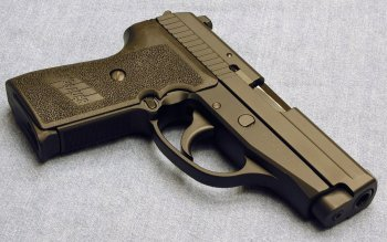 Weapons - Sig Sauer Pistol Wallpapers and Backgrounds ID : 216284