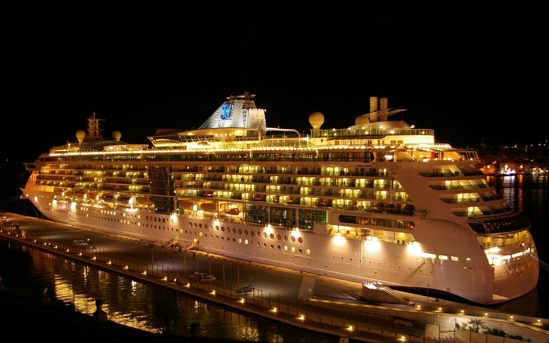 Vehicles - Cruise Ship  Wallpaper