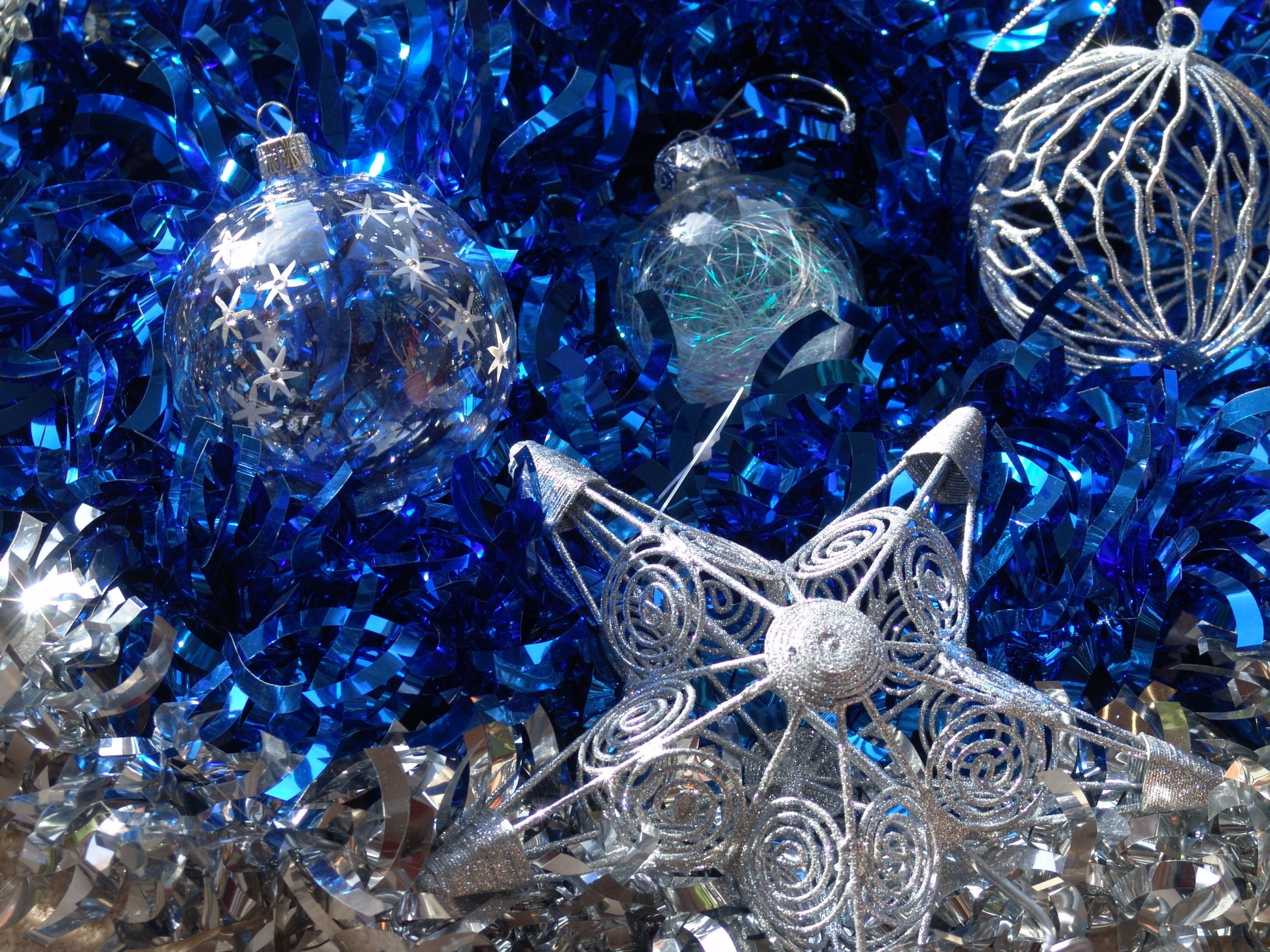 Holiday - Christmas  Christmas Ornaments Holiday Blue Silver Wallpaper