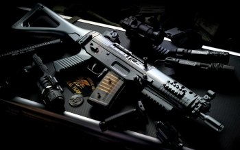 Weapons - Assault Rifle Wallpapers and Backgrounds ID : 223406