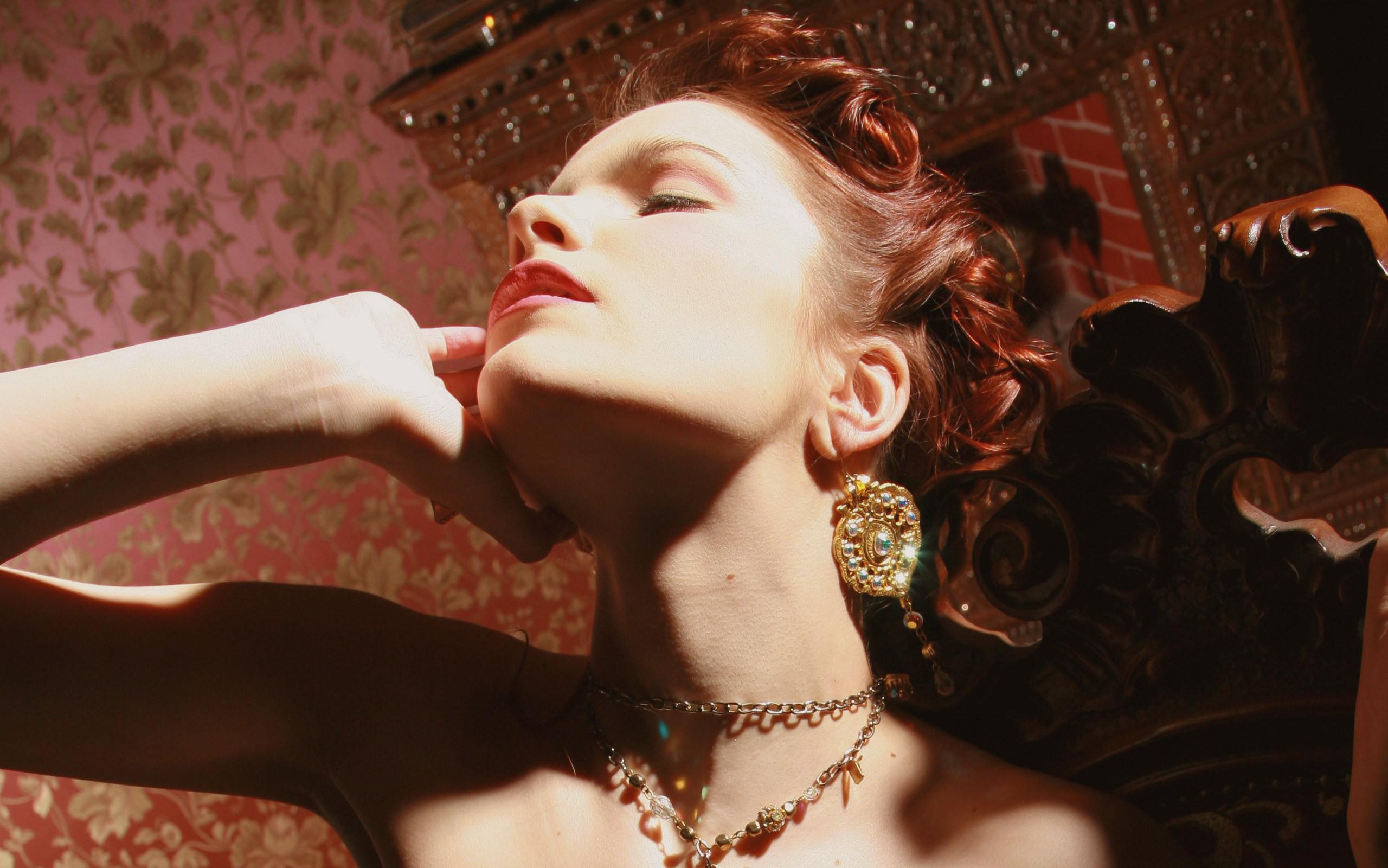 Ulya redhead