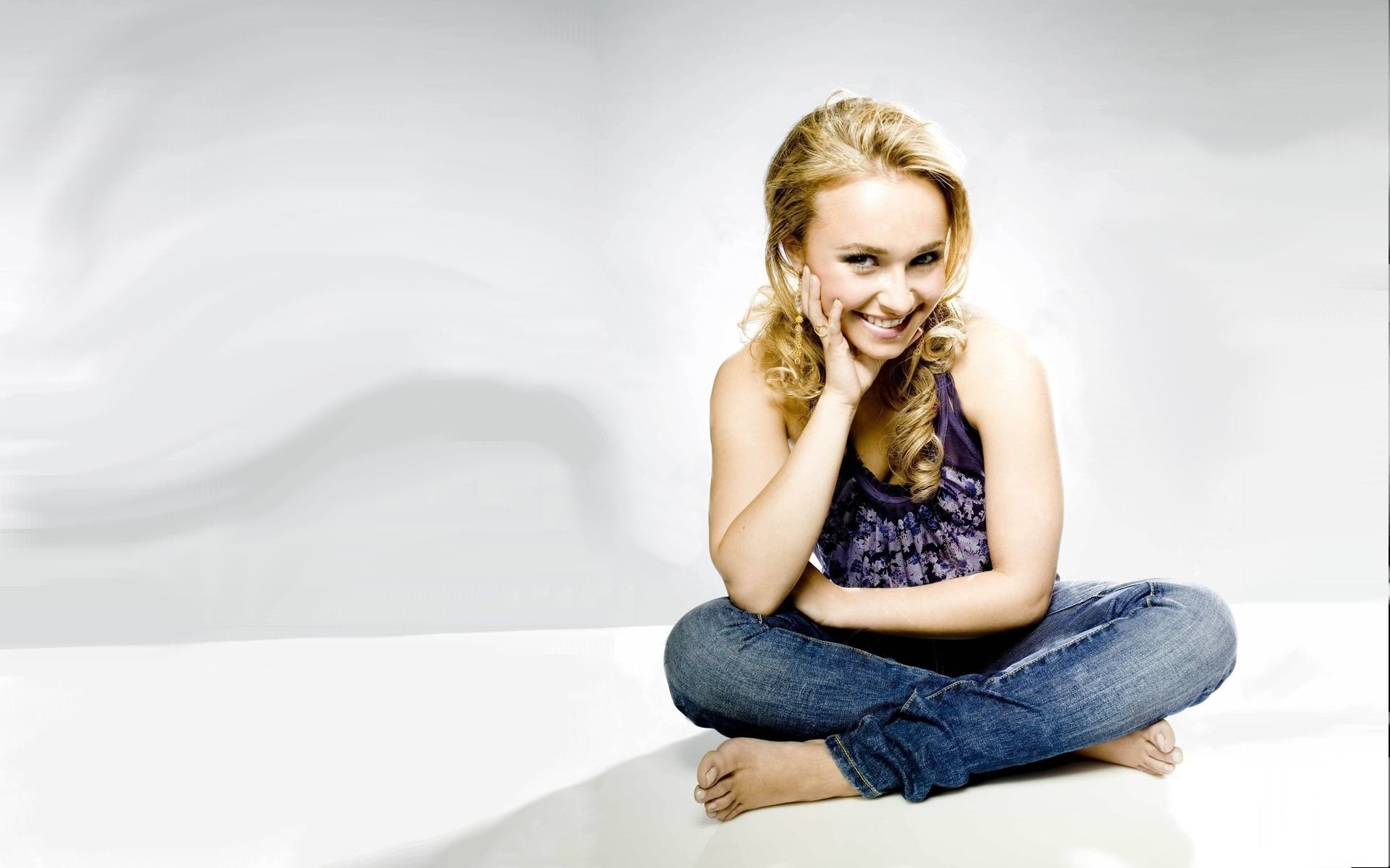 Celebrity - Hayden Panettiere  Wallpaper