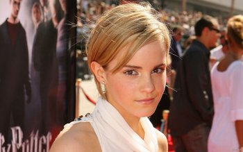 Celebrity - Emma Watson Wallpapers and Backgrounds ID : 24234