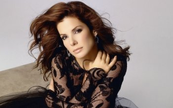 Celebrity - Sandra Bullock Wallpapers and Backgrounds ID : 270614