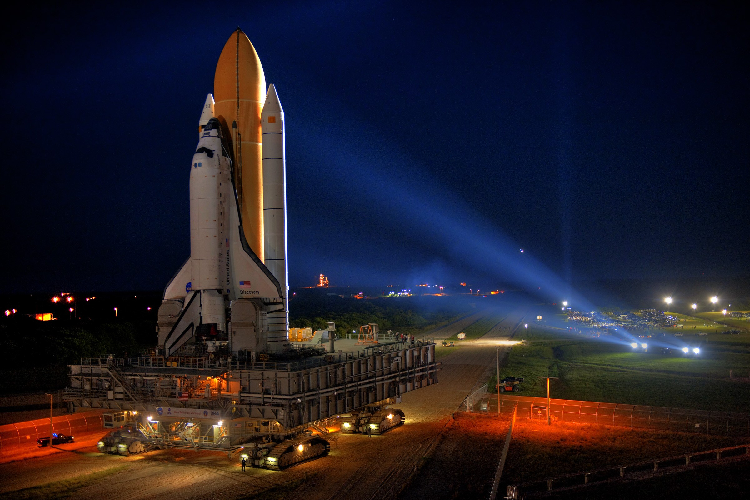 Space Shuttle Discovery Full HD Wallpaper And Background Image