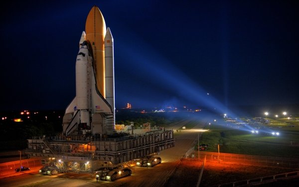 Vehicles Space Shuttle Discovery Space Shuttles NASA Shuttle Space Shuttle Launching Pad HD Wallpaper | Background Image